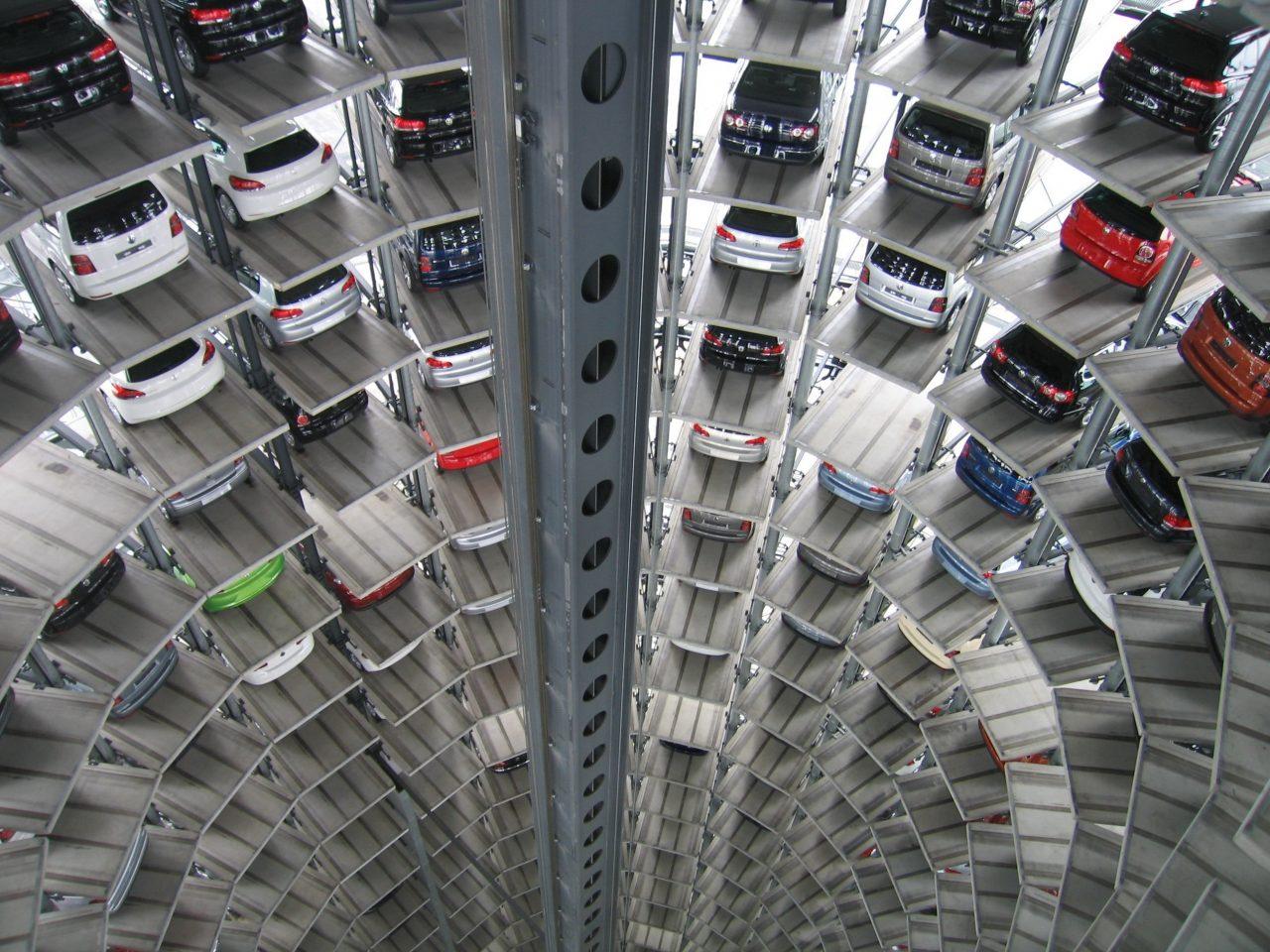 Europenii trec la mașini electrice: 9 țări vor interzice motoarele cu ardere internă