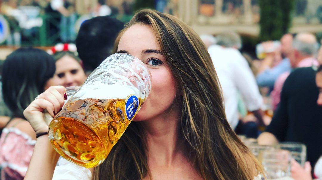 Să curgă berea! Cum se desfășoară vestitul Oktoberfest