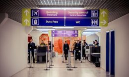 Cât trebuie să scoți din buzunar ca să fii acceptat după încheierea înregistrării la o cursă Air Moldova