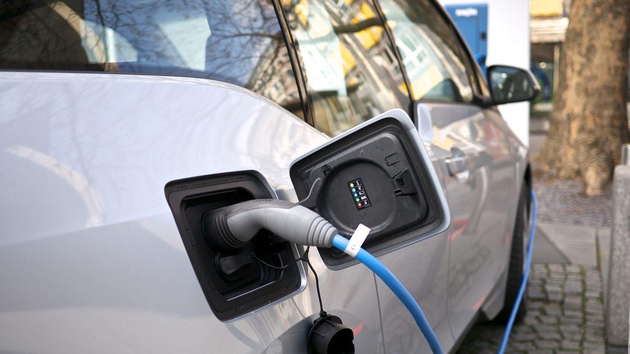 14 stații de încărcare pentru automobile electrice în Moldova