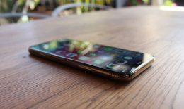 GRAFIC. Radiografia pieței serviciilor de telefonie mobilă. Cine a pierdut cei mai mulți clienți în 2018?